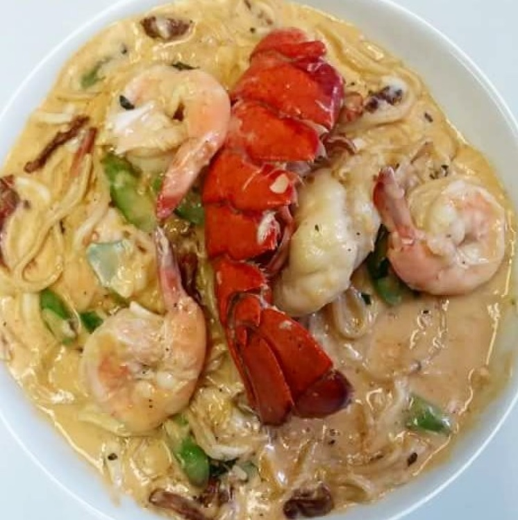 Special Pasta Lobster Tail with Prawns